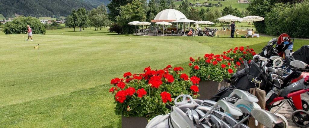 Schönes Spiel ✰ Hotel Zum Jungen Römer in Radstadt ✰ Das Hotel im Herzen vom Salzburger Land ✰