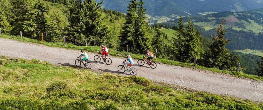 Bikewoche ✰ Hotel Zum Jungen Römer in Radstadt ✰ Das Hotel im Herzen vom Salzburger Land ✰
